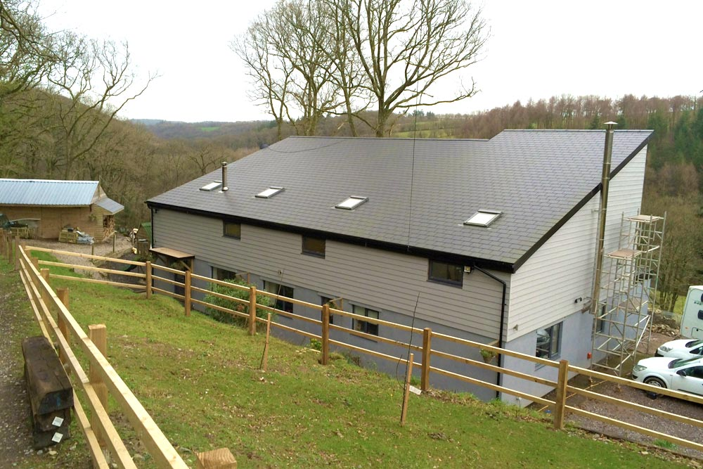 FlatRoofHouse